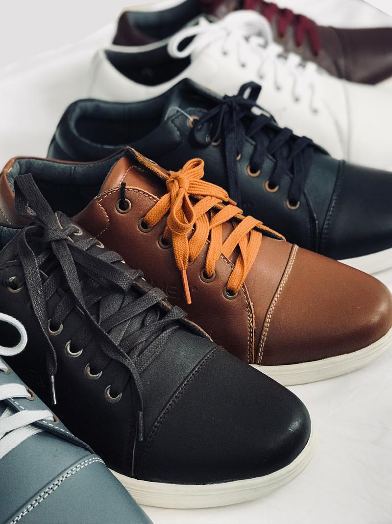 Giày Thể Thao Màu Bò G169